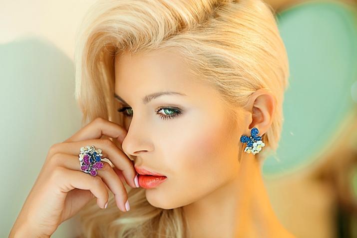 makiyazh-dlya-blondinok-s-zelenymi-glazami-4.jpg