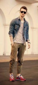 С-мужскими-джинсами-хаки-135x300.jpg